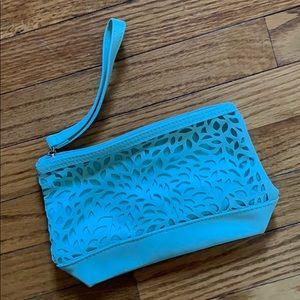 Teal wristlet ⭐️ FREE WITH ANY PURCHASE